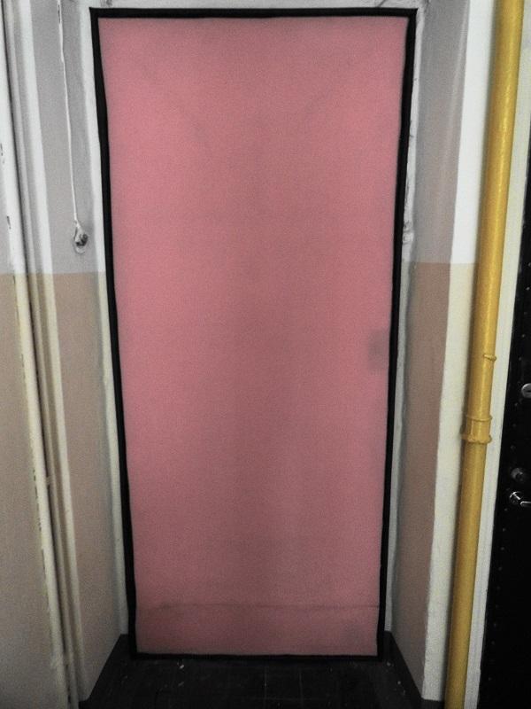 Устройство настила под обивку филенчатой двери