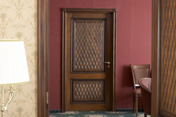 звукоизолирующие входные двери двухстворчатые
